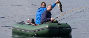 Как выбрать надувную лодку ПВХ для рыбалки